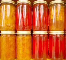 Jak pasteryzowć przetwory, czyli owoce i warzywa w słoikach?