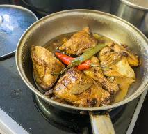Rozkosznie pyszny kurczak adobo: filipiński przepis na duszonego kurczaka