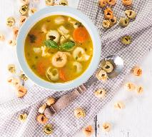 Menu na sylwestra: kremowa zupa z tortellini