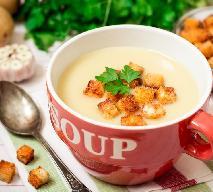 Zupa cebulowa: przepis na zupę krem z cebuli z mlekiem kokosowym