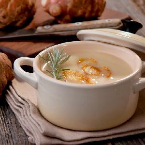 Zupa krem z topinamburu z boczkiem i żółtym serem