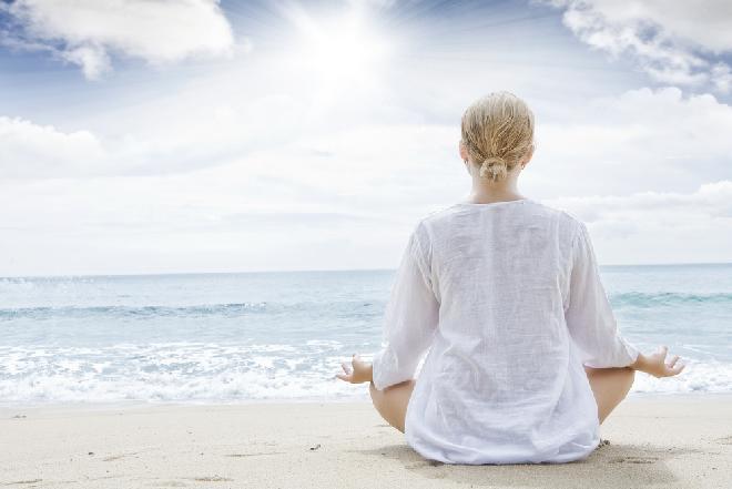 Zwolnij i poczuj równowagę! Nowa woda alkaliczna DayUp już na rynku