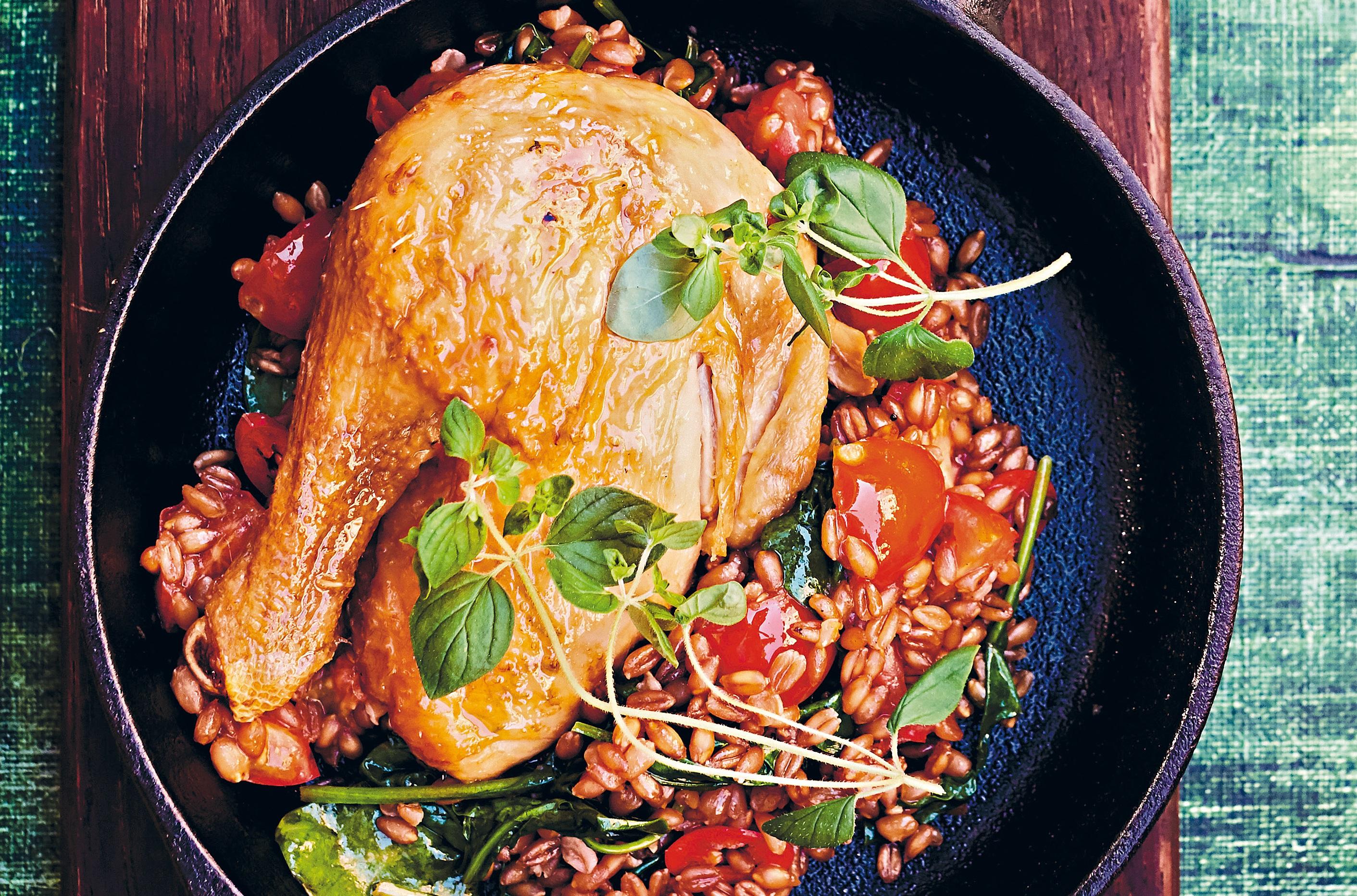 Kliknij: Udka kurczaka z kaszą orkiszową - przepis z książki Happy Food 2.0