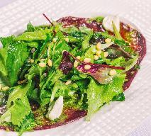Sałatka z botwinki i mozzarelli - pyszny sposób na wiosenną przekąskę