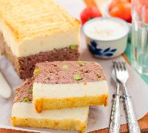 Mięsny keks z puree ziemniaczanym: przepis na pieczeń rzymską z ziemniakami 2w1