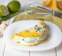 Omlet sufletowy: niesamowicie prosty i efektowny sycący posiłek