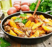 Wątróbka drobiowa pieczona z ziemniakami i czosnkiem: łatwy obiad za grosze