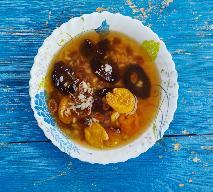 Wigilijna zupa owocowa: prosty przepis na Wigilię