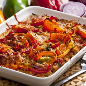 Placek z mielonego mięsa z kukurydzą i papryką: genialny pomysł na szybki obiad