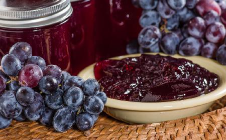 Winogrona z jabłkami na ostro do mięs i pasztetów