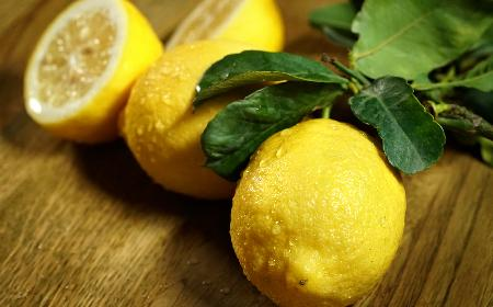 Cytryna: jakie jest zastosowanie soku z cytryny?