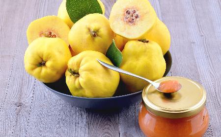Przetwory z pigwy: marmolada pigwowa z jabłkami