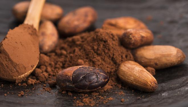 Fermentowane ziarno kakaowca i sproszkowane kakao